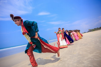Fun Creative Wedding photography by Knotty Affair By Namit & Vipul