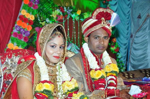 Canvera Wedding Photography: Best Professional Wedding Photographers In Harda