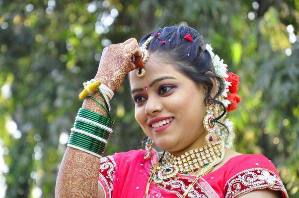 Canvera Wedding Photography: Best Professional Wedding Photographers In Sangamner