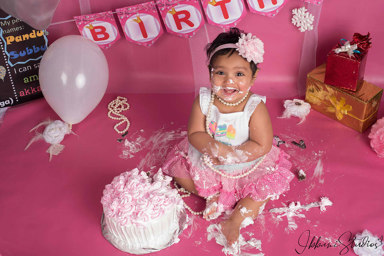Kids Birthday photography by Ibbani studios
