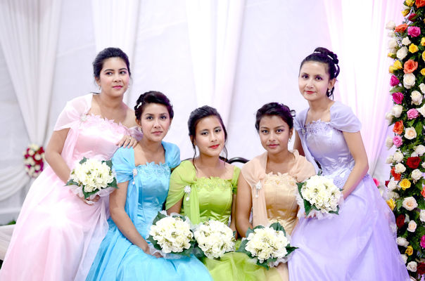 Canvera Wedding Photography: Best Professional Hindu Wedding Photographers In Shillong