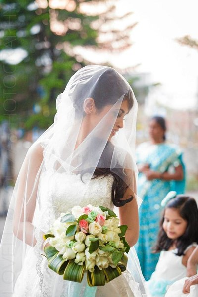Wedding photography by Lovell D'souza Photography