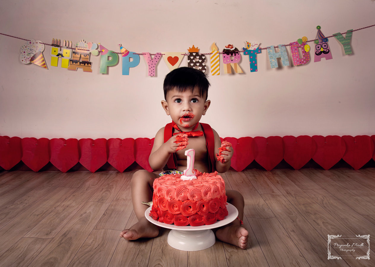 Kids Birthday photography by Priyanka Modh Photography